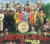 Обложки двух разных альбомов: слева пластинка группы Beatles «Sgt. Pepper's Lonely Hearts Club Band