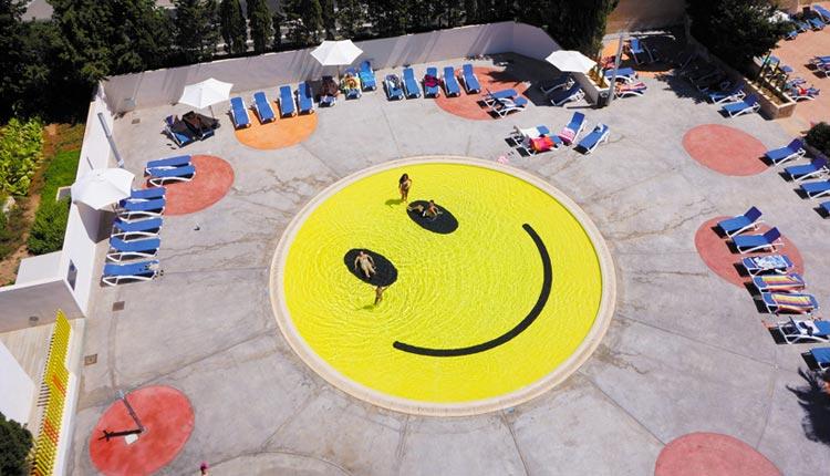 Smile Pool / 2