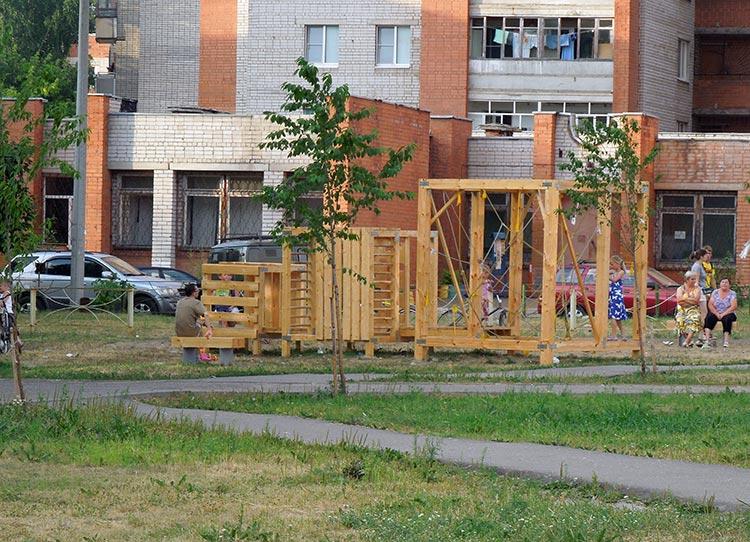Детская площадка КромбиТТраксорма