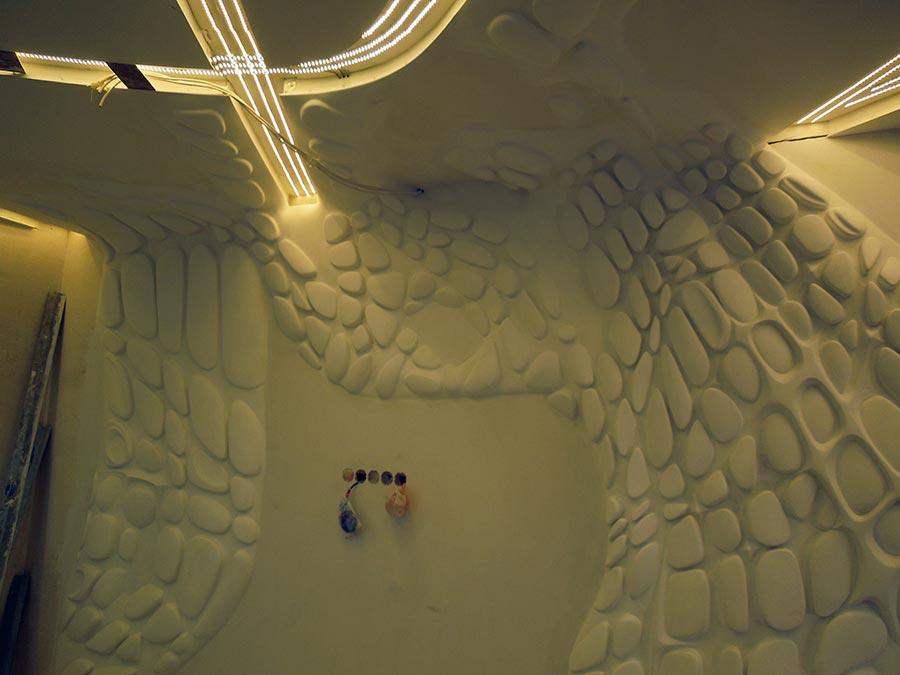 инсталляция с подсветкой